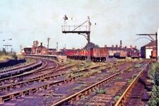 PHOTO  1963DUNSTABLE NORTH RAILWAY STATION ON THE LEIGHTON BUZZARD TO WELWYN LIN
