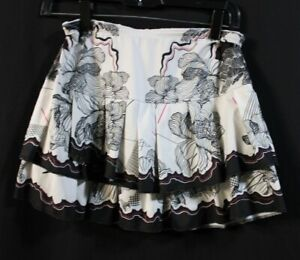 LUCKY IN LOVE TENNIS SKORT. SIZE S (4-6).