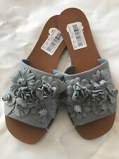 GB Gianni Bini CHAR ISMA 3D floral slip-on sandals blue, size 6.5 M
