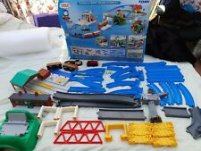 TOMY, Thomas & Cranky Deluxe Action Set. CARRIAGES Boxed