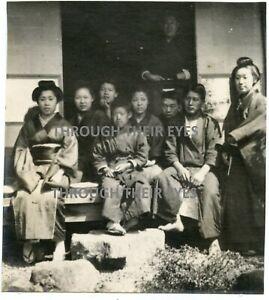 9 Original photos of Japanese Priests men women & children  Japan 1906
