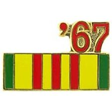 1967 VIETNAM SERVICE RIBBON LAPEL OR HAT PIN