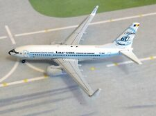 Herpa Wings TAROM Romanian Airlines Boeing 737-700 YR-BGG 1/500 scale model