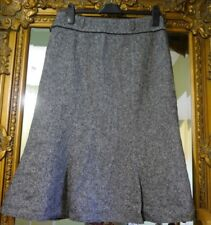Ladies Hobbs beautiful black white wool blend winter skirt size 12