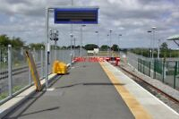 PHOTO  AYLESBURY VALE PARKWAY RAILWAY STATION BUCKINGHAMSHIRE 2011 MET. & GCR MA