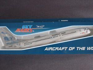 First Air Canada B737-400 C-FFNM Iceberg Skymarks Resin Model 1:130 Scale SKR905