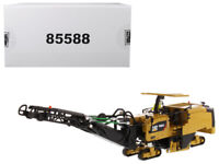 CAT CATERPILLAR PM822 COLD PLANER WITH OPERATOR 1/50 BY DIECAST MASTERS 85588