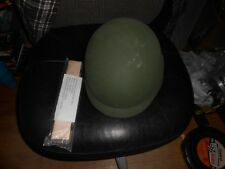 US Military PASGT M-4 Medium Kevlar Helmet in Good Condition with new band
