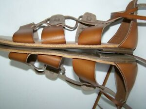 NEW! Old Navy Leather Flat Gladiator Sandal Shoe Size 8M Brown Ties up the ankle