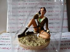 FIGURINE statue Résine TOM RAIDER LARA CROFT : 22 Dague de Xian collines tibét