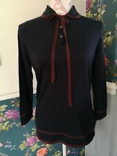ladies tommy hilfiger Jumper M dark blue, burgandy trim. Button and tie details