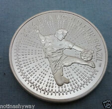 La Russia FIFA moneta argentea WORLD CUP 2014 BRASILE Uomo MEDAGLIA SOVIETICA CALCIO CCCP U C