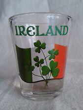 """Bicchiere con Bandiera e Trifogli """"Ireland"""" Whisky souvenir originale Irlanda"""