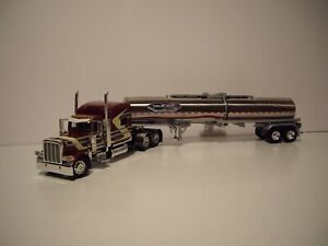 DCP FIRST GEAR 1/64 TIME DC PETE 389 WITH SLEEPER AND BRENNER CHEMICAL TANKER