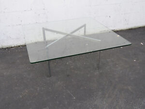 Mid Century Modern Metal and Square Glass Top Coffee Table 9013