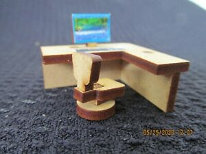 DOLLHOUSE MINIATURE QUARTER INCH SCALE  OFFICE DESK & CHAIR