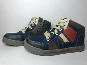 Clarks Beven Free Inf Navy Size 11.5 USA Kids