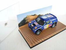 Minichamps 1:43 Volkswagen VW Race Touareg 2005 Redbull 204 MB