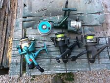 lot de  5moulinets a reparer ou pour pieces