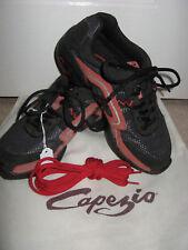 NEW CAPEZIO DANCE SHOES SNEAKERS & BAG BLACK RED SPLIT SOLE SHOE SIZE US 4 UK 2