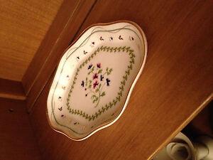 I Godinger decorative trinket candy dish