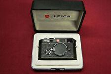 Leica M6 TTL .72 VF 35mm Film Camera (Black) Body Only w/ Orig box & accesories
