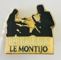 Le Montijo Bar Paris Saxaphone Band Pin Badge Advertising Vintage France (C3)