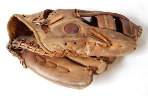Rawlings Reggie Jackson Pro Model PG32 Vintage Leather Baseball Glove Mitt