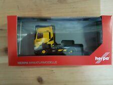"""Herpa 311205 - 1/87 Renault T Tractor 4×2 """"Renault Sport Racing """" - New"""