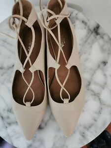 Wittner beige leather pointed lace up flats size 36