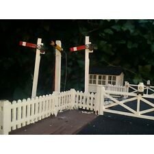 PAIR SEMAPHORE SIGNALS LED LAMPS.FOR GARDEN RAILWAY 7/8th SCALE