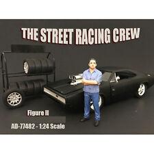THE STREET RACING CREW FIGURE II FOR 1:24 SCALE MODELS AMERICAN DIORAMA 77482