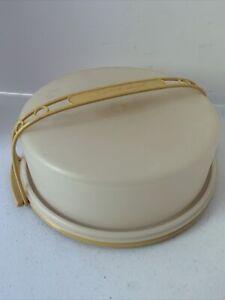 "Vintage Tupperware #719-4 Pie or Cake Carrier 10"" Round Harvest Gold w/Handle"