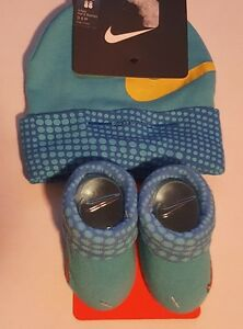 Nike Air Girls Infant Hat & Booties Set Size 0 - 6 Months