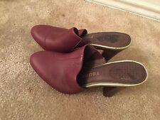 Tsubo Modron Burgundy  Mules Clog Heel Size US 7 very nice