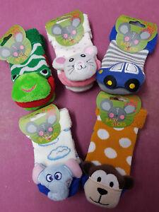 Rasselsöckchen Baby Rassel Strümpfe Socken Babies Panda Schaf Frosch Eule Auto