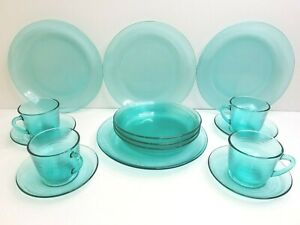 Arcoroc France Jardiniere Turquoise (4) Plates (3) Bowls (4) Cup & Saucer Sets
