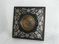 alter Kompass - mit latainischen Himmelsrichtungen - wohl Messing in Holz