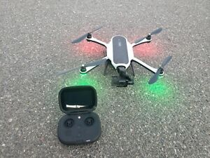 Barely used GoPro Karma Drone Combo Quadcopter Black/White with gimbal