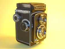 Yashica A - vintage TLR in extremely good condition...