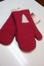 Christmas Theme Kitchen Potholders Red with White Christmas Tree Set of 2 New