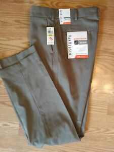 Van Heusen 30 X 32 Pants Straight Fit Traveler Wicking Dress UPF 50 No Iron