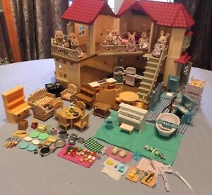 Vtg HUGE LOT Calico Critters Sylvanian Townhouse Furniture Figures Accessories