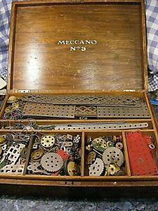 VINTAGE MECCANO No 5 WOODEN CASE CONSTRUCTION SET LARGE