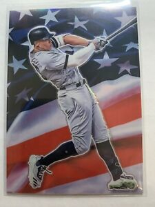 OPTIC  HOLO PRIZM Aaron Judge Stars and Stripes CASE HIT New York Yankees SP