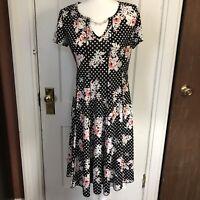 Sami & Jo Dress Size M Black Floral Fit N Flare Medium V Neck Short Sleeve
