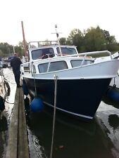 Motorboot, Kajütboot, Verdränger
