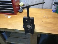 Vintage Antique Saunders Pipe Vise Well Diggers Vise 12 In To 3 In