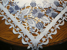 Delft Blue Onion Table Topper