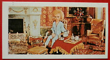 Barratt THUNDERBIRDS 2nd Series Card #17 - Lady Penelope Relaxes in Drawing Room